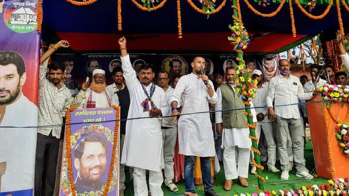 Indien Bihar Wahlen (Manish Kumar/DW)
