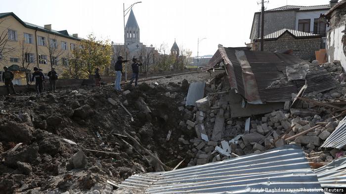 Zerstörungen in der Stadt Schuscha