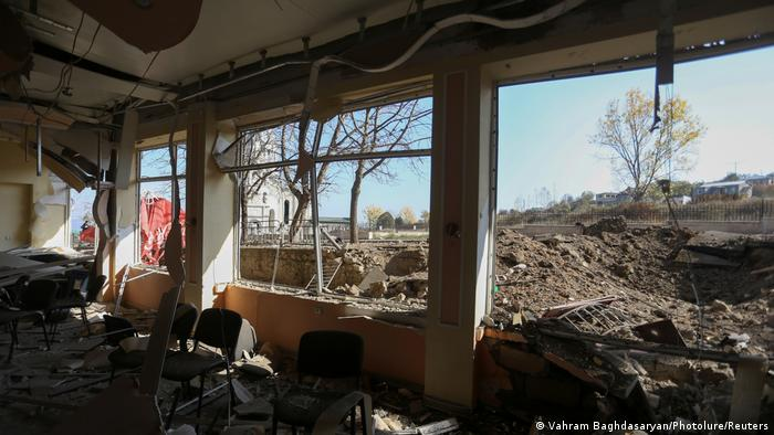 Building in Shushi attacked and left damaged