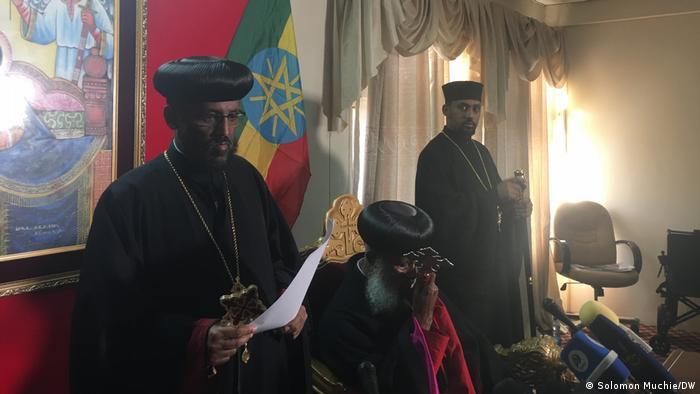 Miembros de la Iglesia ortodocxa de Etiopía ofrecen una rueda de prensa sobre la masacre de civiles. (02.11.2020)