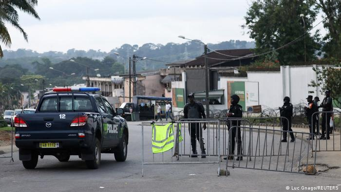 Ivorian police at a road block.