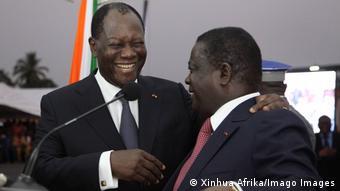 Alassane Ouattara et Henri Konan Bédié en décembre 2014 lors de l'inauguration d'un pont à Abidjan