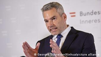 Österreich Anschlag in Wien - PK Karl Nehammer
