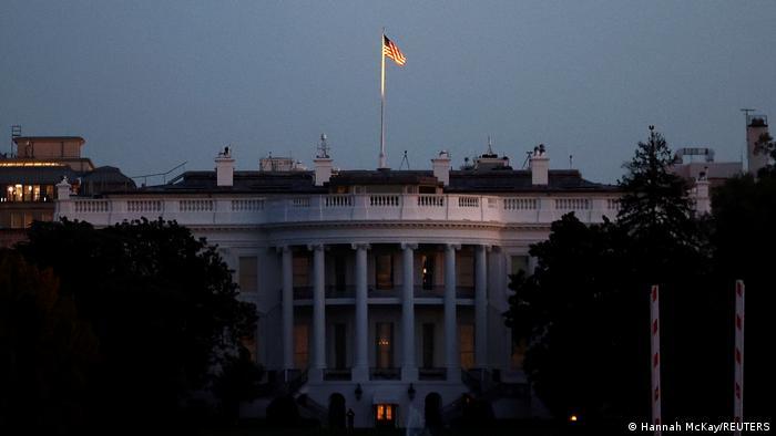 Gedung Putih di Washington D.C. tempat berkantornya presiden Amerika Serikat