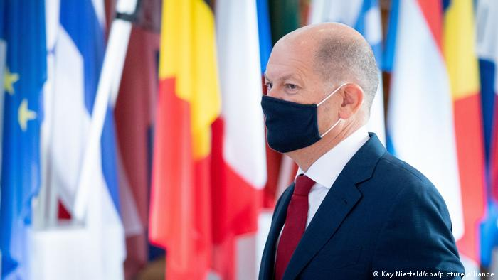 Ministar finansija Olaf Šolc (SPD) mora da računa na nova zaduženja sledeće godine u visini od 180 milijardi evra