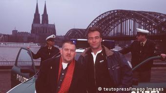 TV Serie Tatort - investigators on Cologne bridge