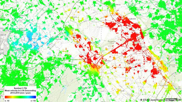 Sentinel-1 Based on 'Persistent Scatterer Interferometry' radar data show land surface displacements in Ruhr, Germany.