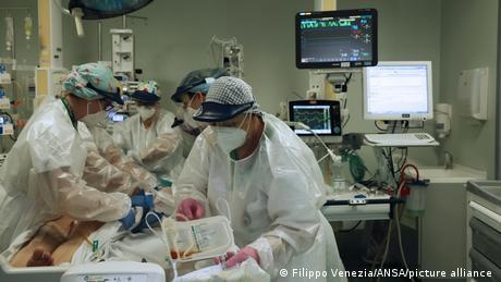 Italien Bergamo   Coronavirus   Krankenhaus
