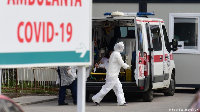 Nord-Mazedonien   Patienten Anlieferung
