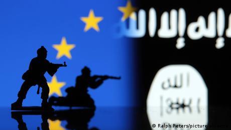 Την απέλαση ακραίων στο Μαγκρέμπ επιδιώκει η Γαλλία