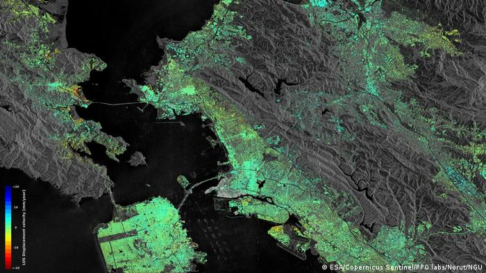 Sentinel-1 radar data show ground displacement of the San Francisco Bay Area. Hot spots are clearly observed, including the Hayward fault running north–south of the central-right side of the image. Subsidence of the newly reclaimed land in the San Rafael Bay on the left is also visible, while an uplift of land is visible in the lower right, possibly a result of a recovering groundwater level after a four-year long drought that ended in autumn 2015. (ESA/Copernicus Sentinel/PPO.labs/Norut/NGU)