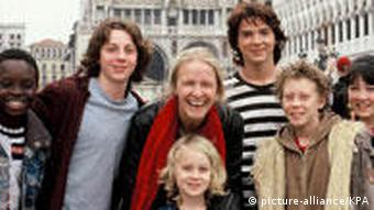 Cornelia Funke (center) and the cast for The Thief Lord