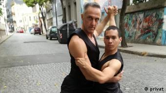 Augusto Balizano und Brandon Bedoya Rios tanzen Tango in Buenos Aires (privat)