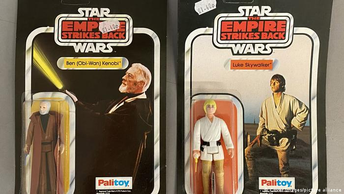 Star Wars Merchandise Artikel Figuren Fan Artikel Auktion (Cover Images/picture alliance)