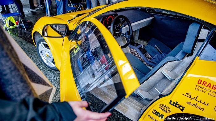 Niederlande TU Eindhoven | Elektroauto aus recyceltem Abfall