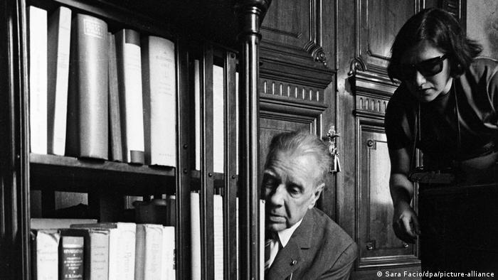 Jorge Luis Borges, en imagen de la fotógrafa Sara Facio