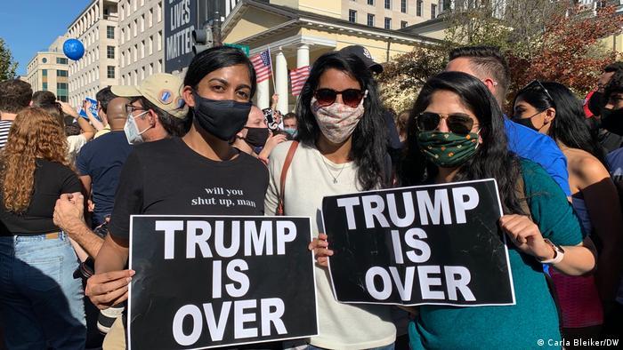 گفته میشود سی درصد از کسانی که به بایدن رای دادهاند، کسانی بودهاند که به علت مخالفت با ترامپ به پای صندوقهای رای رفته بودند.