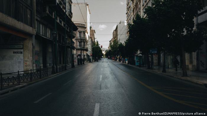 Griechenland Corona-Pandemie | Athen (Pierre Berthuel/ZUMAPRESS/picture alliance)
