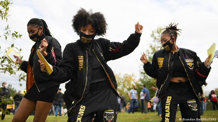 BdT USA Wahlen 2020 | Frauen feiern Wahlsieg Bidens in Atlanta