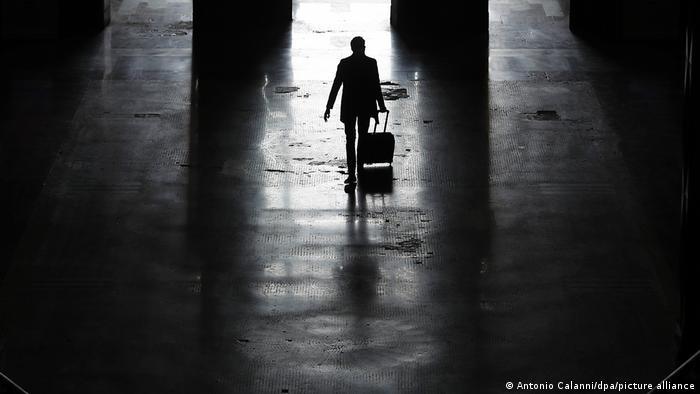 BdT Italien Corona-Pandemie   Hauptbahnhof Mailand