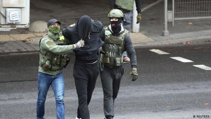 Weißrussland Belarus Proteste Polizei Festnahmen (REUTERS)