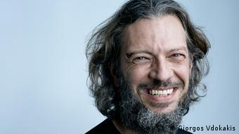 Ο δημοσιογράφος αυτοκινήτου Νίκος Κουνίτης