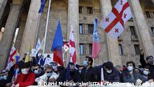 Georgien | Tbilisi | Kundgebung von Anhängern georgischer Oppositionsparteien gegen die Wahlergebnisse