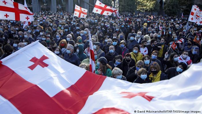 Протестувальники у Грузії вимагають відставки голови ЦВК і нових виборів