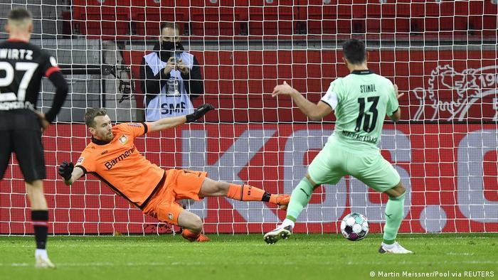 Fußball | Bundesliga | 7. Spieltag | Bayer Leverkusen - Borussia Mönchengladbach (Martin Meissner/Pool via REUTERS)