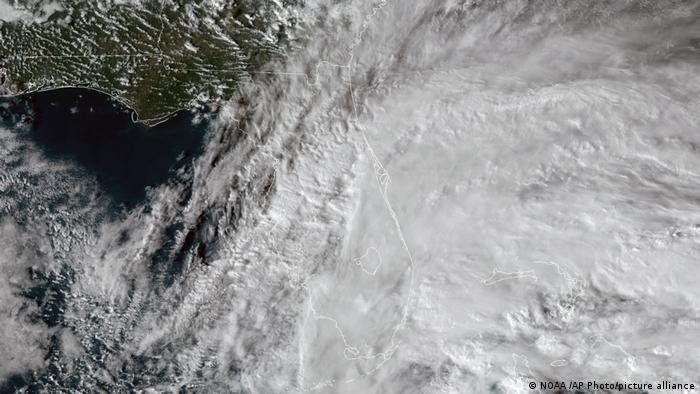 """""""La atmósfera no tiene límites"""", advierte el meteorólogo José Manuel Gálvez, e insiste en la importancia de compartir información."""