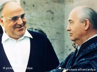 Kohl and Gorbachev
