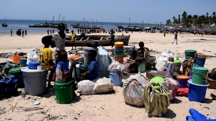 Refugees on a Mozambican beach