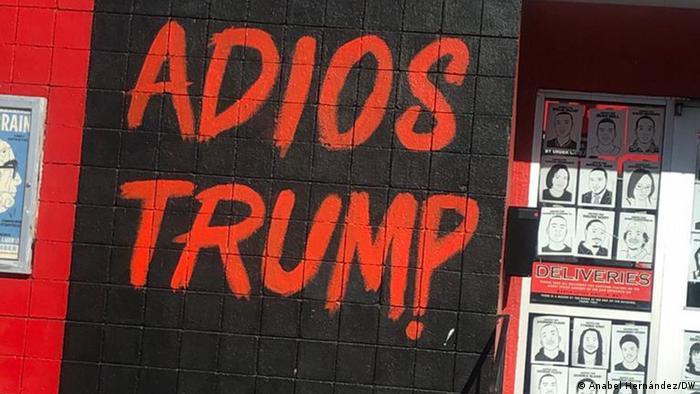 Consigna contra Trump en un barrio latino de California