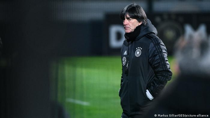 Fussball l DFB-Training, Bundestrainer Joachim Jogi Loew in Leipzig