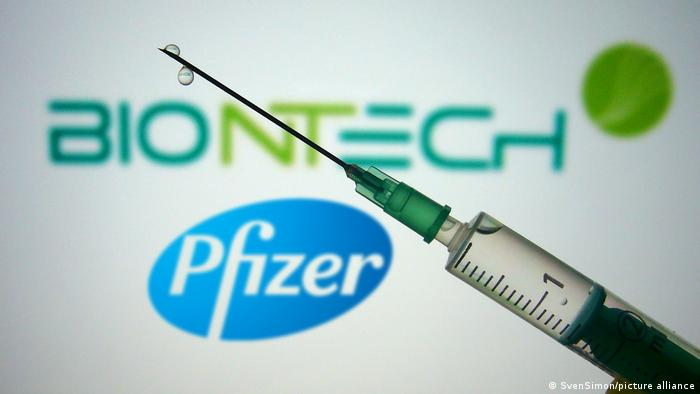 Pfizer and BioNTech - Biotechnologie