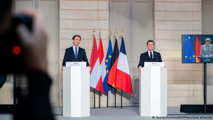 Cancelarul austriac Sebastian Kurz alături de președintele francez Emmanuel Macron