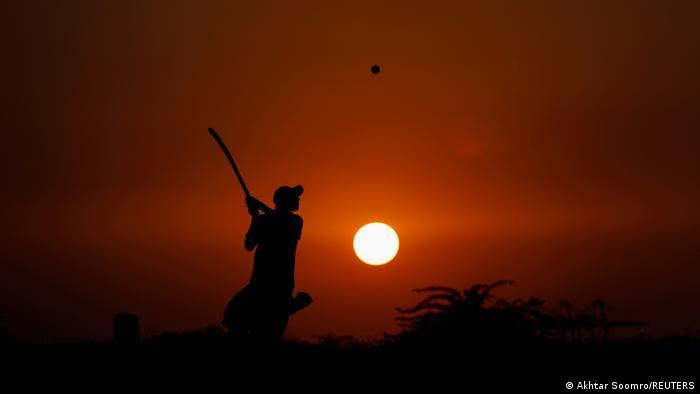 BdTD Pakistan Cricket im Sonnenuntergang