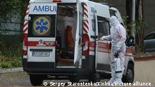 Ukraine COVID-19 Krankenwagen in Kiew