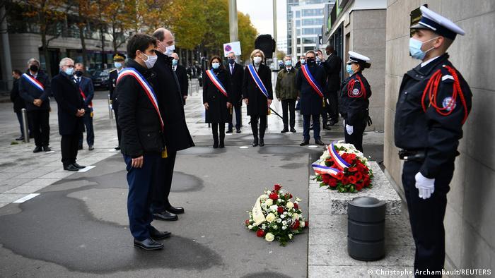 Frankreich Paris  Gedenken an Terroranschläge 2015  Hanotin & Castex & Hidalgo