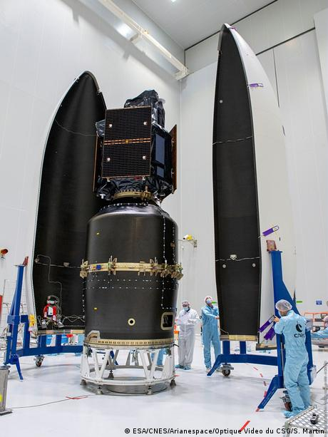 The SEOSAT-Ingenio spacecraft is enclose in its fairing, ready for launch