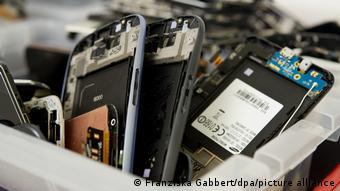 Οι περισσότερες παλιές συσκευές καταλήγουν στα σκουπίδια