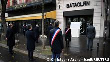 13.11.2020 *** Philippe Duperron, president of the association 13onze15, Fraternite et Verite which represents the victims of the Paris attacks, French Prime Minister Jean Castex, Paris Mayor Anne Hidalgo, Justice Minister Eric Dupond-Moretti, Interior Minister Gerald Darmanin and Mayor of Paris' 11th arrondissement Francois Vauglin pay tribute outside the Bataclan concert venue during ceremonies marking the fifth anniversary of the November 2015 jihadist attacks in which 130 people were killed in Paris, France November 13, 2020. Christophe Archambault/Pool via REUTERS