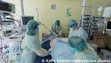 Deutschland Coronavirus - Intensivstation Universitätsklinikum Bonn
