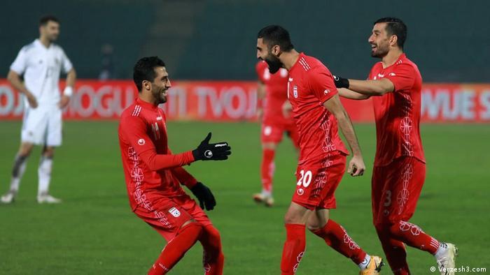 شادی ملیپوشان فوتبال ایران در پیروزی مقابل تیم ملی بوسنی در نوامبر ۲۰۲۰