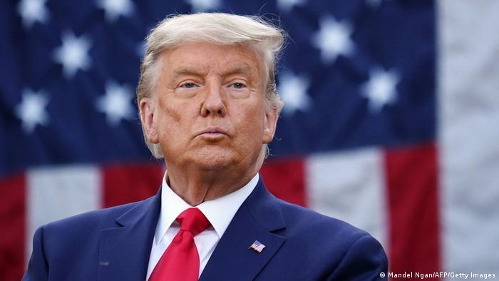Creciente presión en EE.UU. sobre Trump para que renuncie