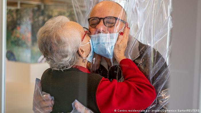 Italia es el sexto país con más muertes por COVID-19 en el mundo, según la Universidad Johns Hopkins