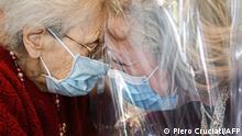 Italien | Coronavirus | Umarmungsraum