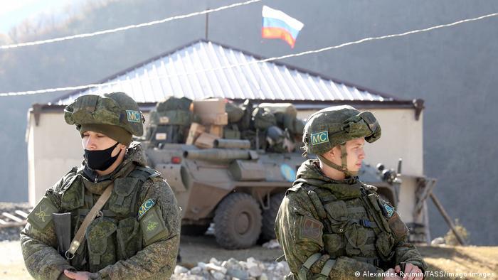 Dağlık Karabağ'a ateşkesin ardından Rus askerleri konuşlandırıldı