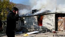 Berg-Karabach | Bewohner zünden ihre Häuser an