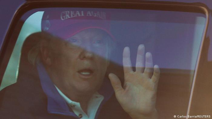 Washington | Präsident Trump grüßt MAGA-Demonstranten